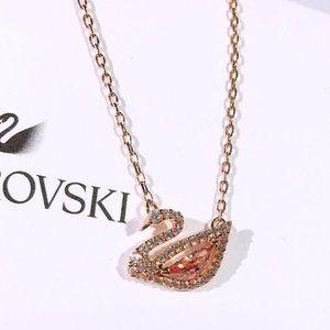 Swarovski DAZZLING SWAN necklace